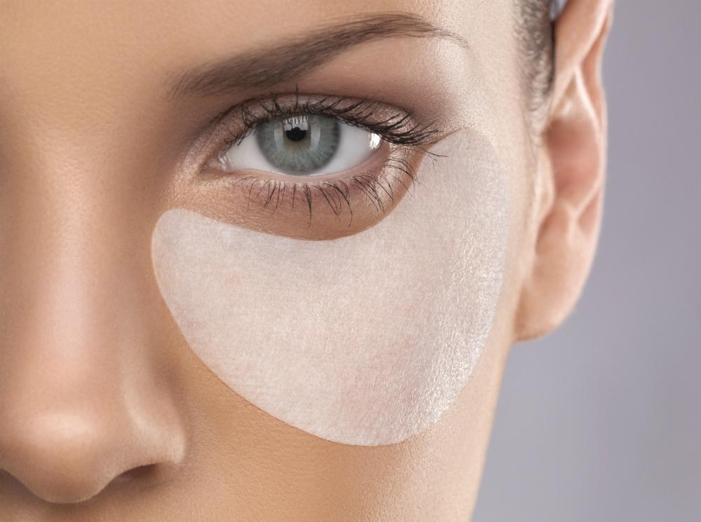 tissue under eye patches