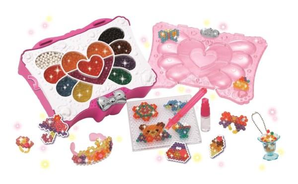 Epoch Aquabeads Rainbow Heart Set