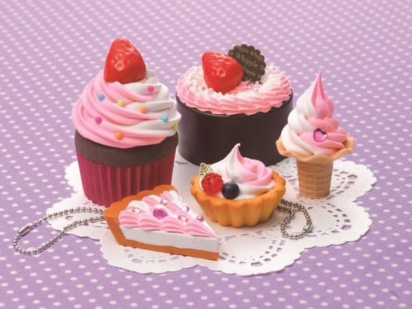 Epoch Hoipur MIX strawberry cakes