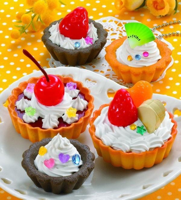 Epoch Hoipur cakes